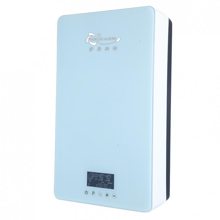 是否应拔下电热水器的电源?